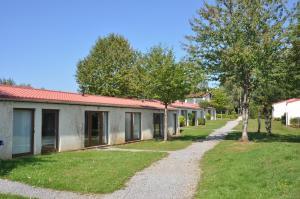 Camping Colline de Rabais, Campsites  Virton - big - 5
