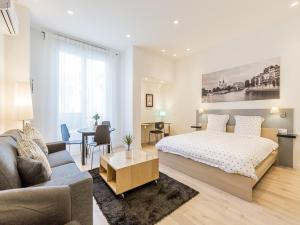 Photo of Apartment In Champs Elysees