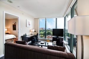 Executive Airport Plaza Hotel, Hotels  Richmond - big - 13