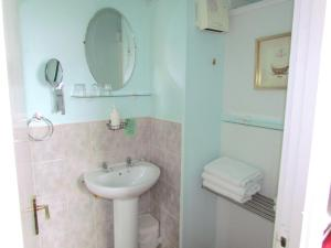 Wimbourne Guest House in Blackpool, Lancashire, England