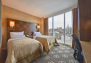 Superior Double Room with Two Double Beds and View