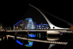 IFSC Dublin City Apartments by theKeyCollection, Апартаменты  Дублин - big - 5