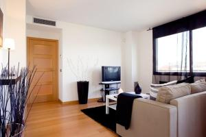 Basic Two Bedrooms Apartment