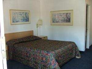American Budget Inn and Suites-Modesto - Modesto, CA CA  95351 - Photo Album