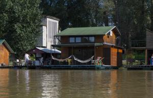 Photo of River House Apartment