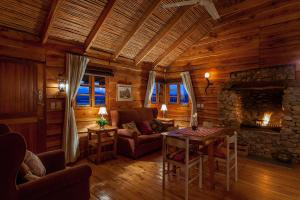 Two Bedroom Chalet with Lake View