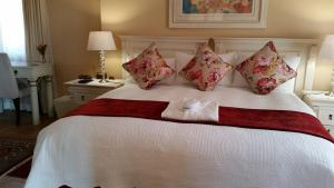 Luxury Double or Twin Room - Floral Room