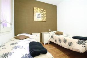 Four-Bedroom Apartment (2-8 Adults) - Clot nª 40