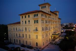 BW Premier Collection Grand Hotel Royal - AbcAlberghi.com