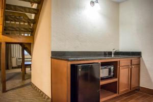 Suite with Loft - Non-Smoking