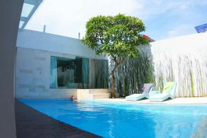 Photo of Oceanside Surf Villa Echo Beach Bali