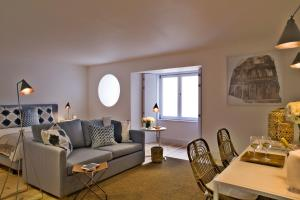 Photo of Lisbon Five Stars Apartments Combro 77