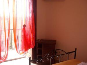 A Taverna Intru U Vicu, Bed and Breakfasts  Belmonte Calabro - big - 5