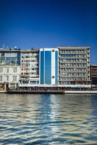 Photo of Pasaport Pier Hotel