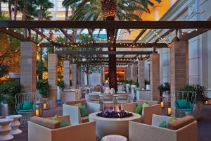 Four Seasons Hotel Las Vegas - 4 of 15