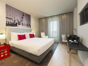 Double Premium Room with Spa Package
