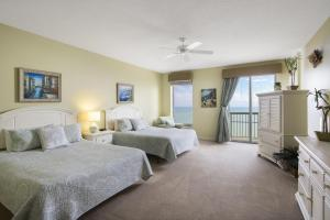 Three-Bedroom Ocean View - Brighton