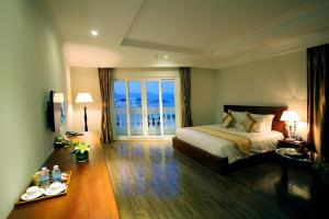 Photo of Nha Trang Palace Hotel