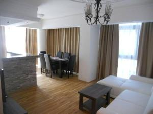 Bulatovic Five Stars Apartment, Apartmány  Bar - big - 31
