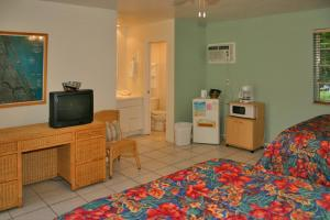 Standard Double Room (Unit 9 and 12)