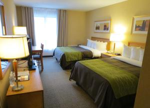 Comfort Care Double Room withTwo Double Beds - Non-Smoking