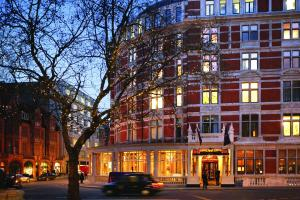 Carlos Place, Mayfair, London, England, United Kingdom, W1K 2AL.