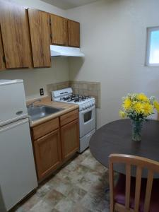 Two Double Bedroom with Kitchen