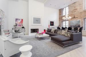 Three-Bedroom Apartment - Hubert Street