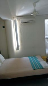 Basic Single Room with Private Bathroom