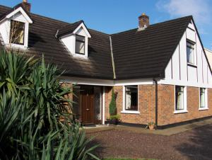 Photo of Silvertrees Bed & Breakfast