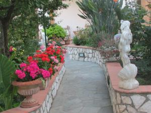 B&B Palazzo a Mare, Bed and breakfasts  Capri - big - 41