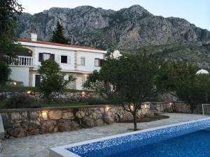Photo of Holiday Home The French House