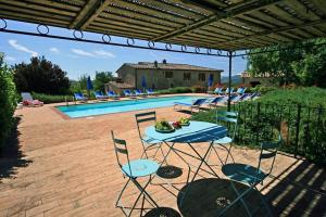 Ferienwohnung Eight-Bedroom Holiday home in Podere La Collina, Casole d'Elsa