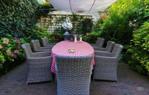 B&B Huyze Elimonica, Bed and Breakfasts  Ostende - big - 15