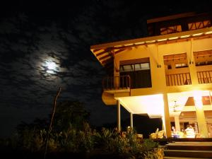 Photo of Casa De La Luna Costa Rica