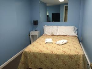 Queen Studio with Double Bed - 17