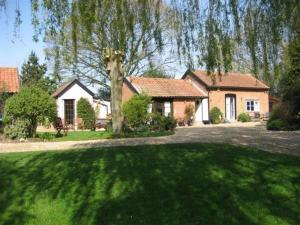 Thatched Farm Holiday Cottages in Woodbridge, Suffolk, England