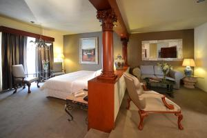 King Junior Suite