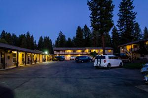 Photo of Charm Motel & Suites