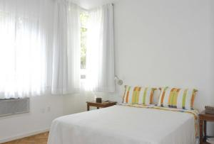 Two-Bedroom Apartment (5 Adults) Avenida Jose  Linhares 144