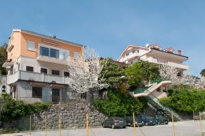 Photo of Apartments Komel