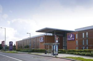 Photo of Premier Inn London Heathrow Airport   Bath Road