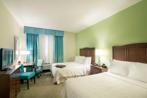 Queen Room with Two Queen Beds - Hearing Accessible/Non-Smoking