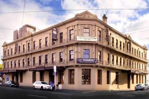 Photo of Cambridge Hotel