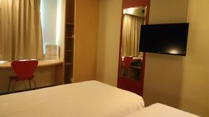 Superior Room With 2 Double Beds (2 Adults)