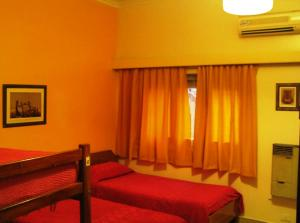 Single Bed in Dormitory Room (12 adults)