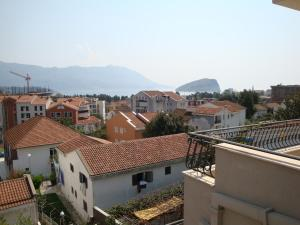 Pima Apartmani, Bed and Breakfasts  Budva - big - 2