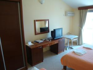 Pima Apartmani, Bed and Breakfasts  Budva - big - 9