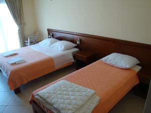 Pima Apartmani, Bed and Breakfasts  Budva - big - 8