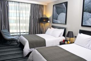 Two Double Beds with Pool View